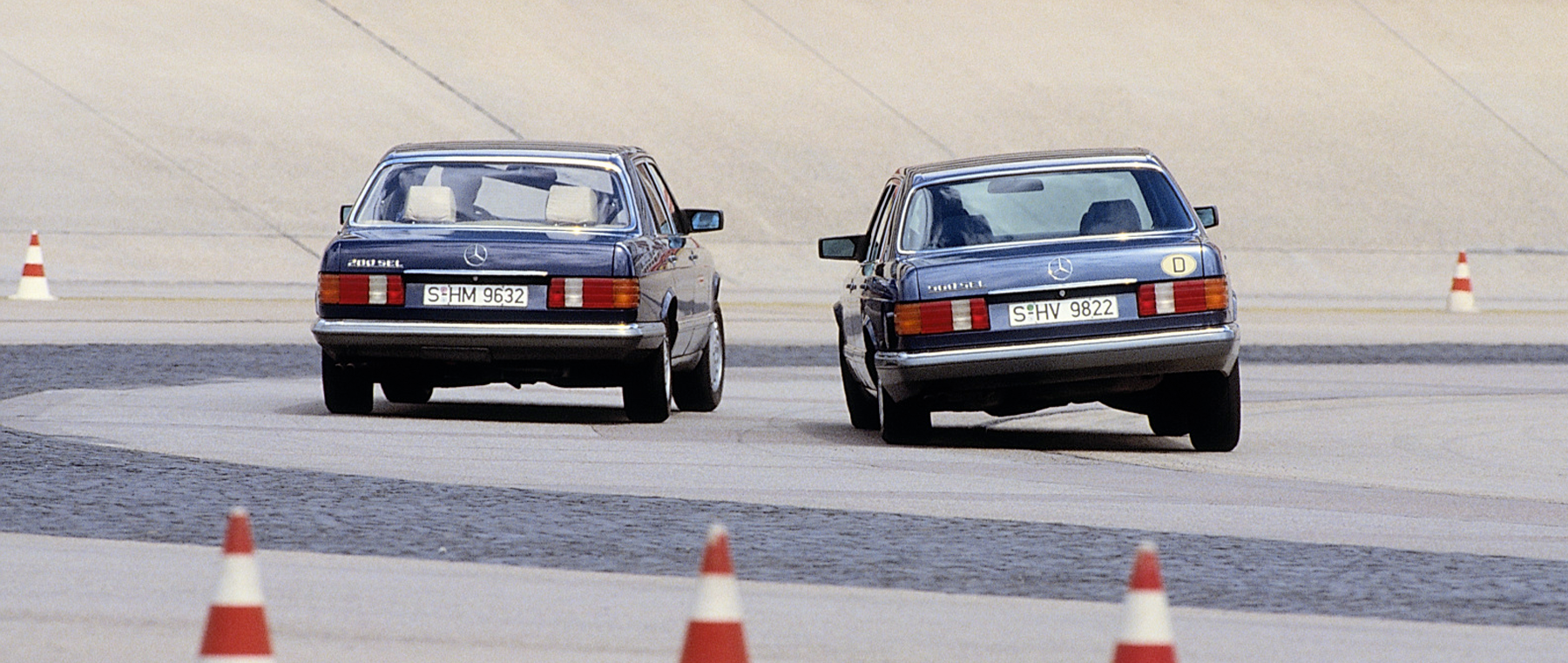 Mercedes-Benz W126: Best of the Best!