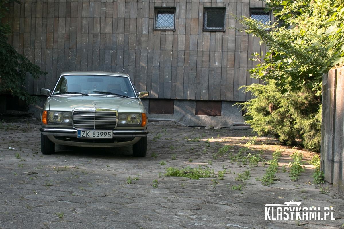Mercedes-Benz C123. Klasyk dla każdego…