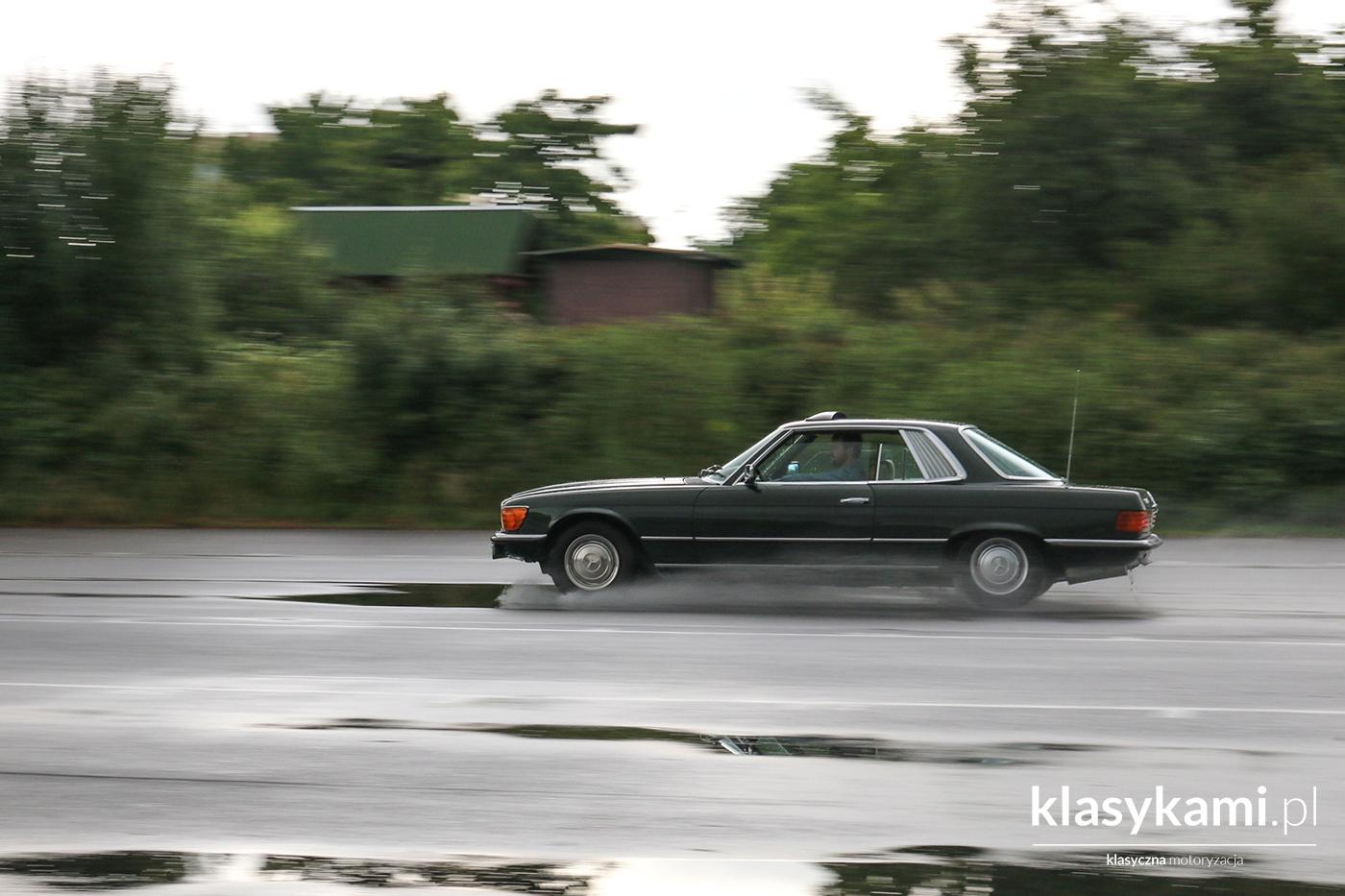 Mercedes SLC: luksusowy pożeracz autostrad