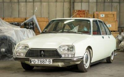 Citroen wystawi na sprzedaż 65 aut ze swojej kolekcji.