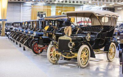 Na sprzedaż! Największa kolekcja Fordów na świecie.