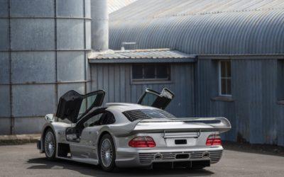 Mercedes-Benz AMG CLK GTR: egzemplarz nr 9 idzie pod młotek.