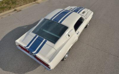 Najdroższe Shelby GT500 ustanowiło nowy rekord. Dobry przykład jak można się pomylić w szacunkach wartości.