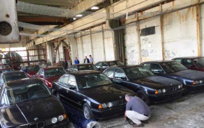 BMW E34 w ilości 11 egzemplarzy odnalezione w Bułgarii. Żaden z tych egzemplarzy nigdy nie wyjechał na drogę.